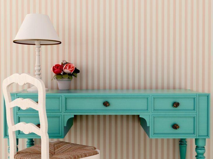 Decorar a casa gastando pouco com móveis antigos